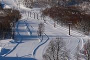 奥志賀高原スキー場 早朝の第一ゲレンデ