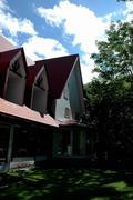奥志賀高原 赤い屋根のペンション コットンハウス